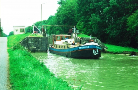 Leaving the Lock - Lock, Motor Barge, Peniche, Dutch Barge, Friesland, France