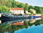 Hotel Barges on the Canal de Bourgogne