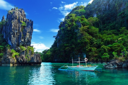 Boat Trip in Thailand - rocks, river, mountains, sky