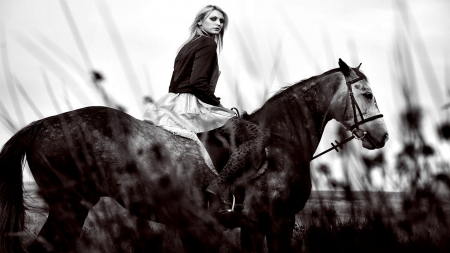 A Morning Ride. . - fun, style, women, brunettes, female, cowgirl, boots, outdoors, models, fashion, horses, western, girls, ranch