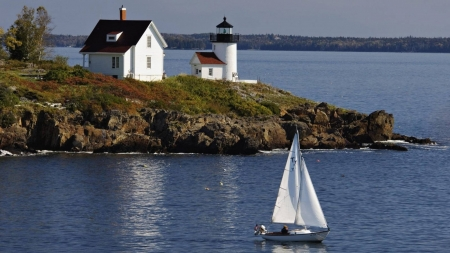 Lighthouse in Curtis Island - sailboat, nature, curtis island, lighthouse, sea