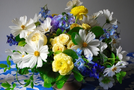 Spring bouquet - flowers, spring, beautiful, colorful, lovely, pretty, vase, bouquet, still life
