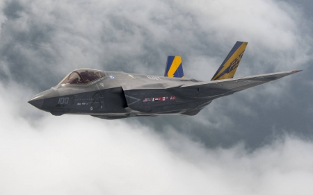 F35 - cool, military, aircraft, F35, fun