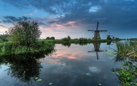 Pretty Nature - canals, water, river, nature, pretty, Netherlands, Dutch, windmills, grass