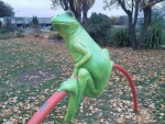 BIG GREEN FROG SCULPTURE
