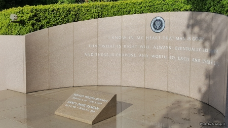 RIP Mr. & Mrs. Ronald Reagan - Tomb, Nancy, Ronald, California, Library, Reagan