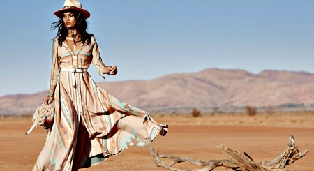 Boho Gypsy Cowgirl - Woman, Hat, Beautiful, Gypsy, Pretty, Cowgirl, Female, Boho, Models, People