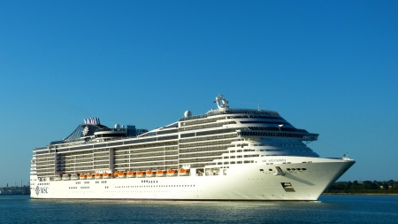 Cruise Ship MSC Splendida - Cruise, Splendida, MSC, Ship