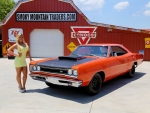 1969 Dodge Super Bee M Code 440 Six Pack A12 and Girl