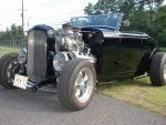 Hemi-Powered 1932 Ford Roadster Hot Rod