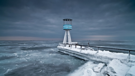 Winter Lighthouse - sea, lighthouse, nature, winter, cold, sky