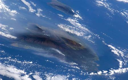 Kilauea-Volcano - space, satellites