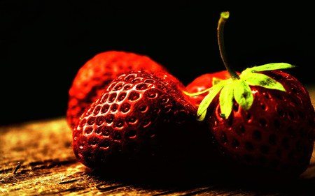 FRESH STRAWBERRIES - fresh, vit c, photography, fruits, red