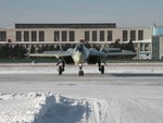 Sukhoi T-50 taxing