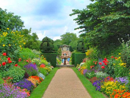 Beautiful Garden - Flowers & Nature Background Wallpapers On