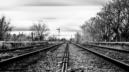 Lonf and lonesome tracks - trains, black and white, photography, travel, tracks
