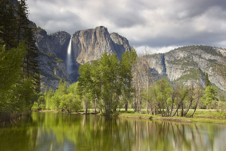 Beautiful Yosemite - blue, grays, water, gourgeous, peaks, mirror, shadows, green, mounts, paisagem, falls, peaceful, multicolor, yosemite, national park, view, lakes, landscape, white, grass, calm, mountains, scene, grasslands, lagoons, surf, sky, branches, panorama, pond, photography, plants, widescreen, trunks, pines, declives, nature, natural, scenery, amazing, rocks, waterfall, yellow, nice, tranquile, cascades, land, trees, scenario, paysage, wallpaper, desktop, clouds, cenario, cool, beautiful, beauty, mighty, foam, photoshop, photo, stones, rivers, valley, cena, paisage, colorful, colors, wonderful, background