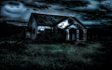 Little scary house - black, sky, scary, night, good