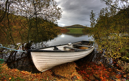 Autumn - lake, beautiful, river, reflection, beauty, autumn, water, landscape, boat, mountain, forest, red, stones, boats, trees, rest, colorful, sky, colors, leaves, clouds, nature, peaceful, hills
