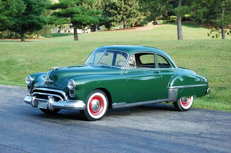 1949 Oldsmobile 88 Club Coupe