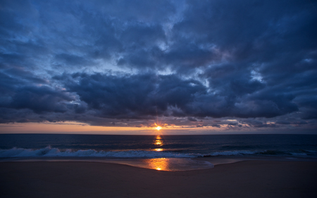 Eastern Shore Sunrise - sunrise, beautiful, reflection, waves, colors, clouds, calm, sea, beaches, nature