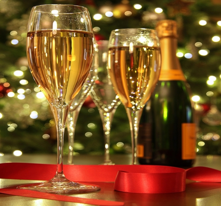 Happy New Year - beautiful, wine, reflection, pretty, beauty, xmas, magic, magic christmas, bottle, champagne, glass, red, holiday, happy new year, new year, colors, lights, lovely, merry christmas, christmas, photography, glasses