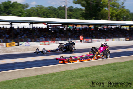 Dragsters - 4 seconds, quarter mile, pulse, loud