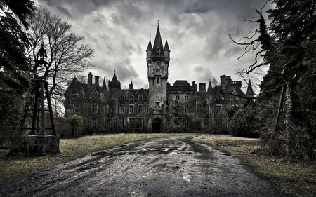 Castle of Decay - architecture, ancient, overcast, eerie, castle, cloudy