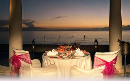 ROMANTIC DINNER FOR TWO - Photography & Abstract Background ...