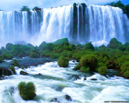 Big Beautiful Waterfall - trees, beautiful, nature, waterfall, mother nature
