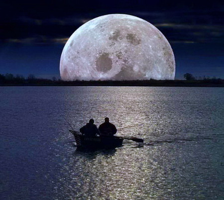 Neath the moon - full, boat, moon, reflection, men, ocean