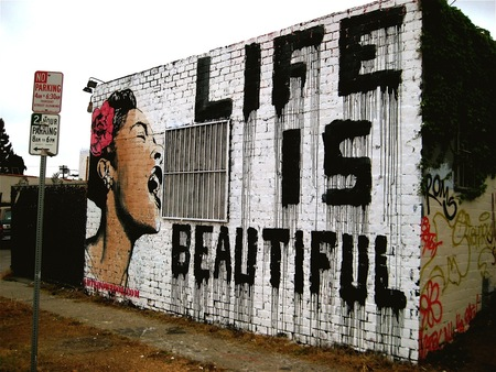 Life is Beautiful - stencil, graffiti, art