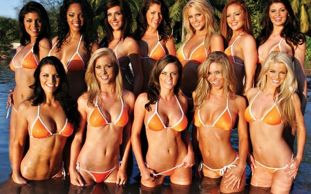 Hooters Girls - hooters, hot, hooters girls