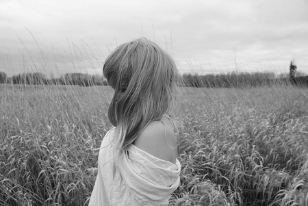 SUMMER BREEZE - woman, photography, atmosphere, bw, beauty, moods, summer, feeling