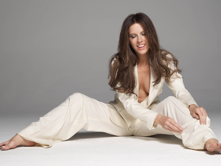 Kate-Beckinsale - kate-beckinsale, picture, in white, hot