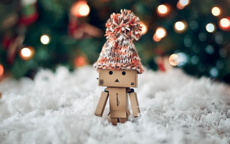Danbo - danbo, hat, snow, cute, robot, winter, box
