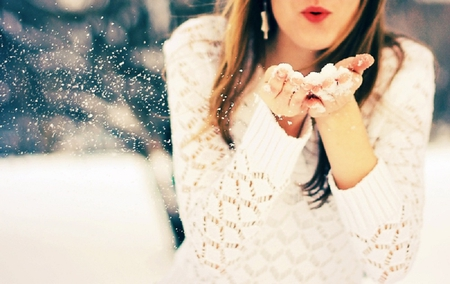 Winter Kisses ♥ - snowflake, kisses, girl, photography, snowflakes, woman, snow, white, love, winter