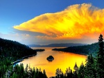 When Crater Lake is Golden